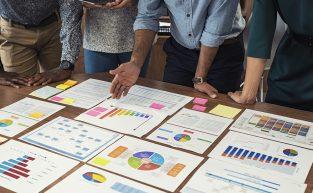 Registro de ponto aprimora inteligência da gestão