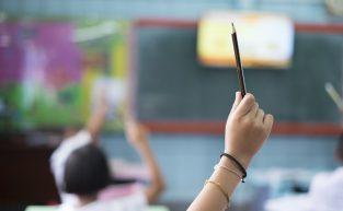 Controladores de acesso ajudam em escola nas áreas críticas