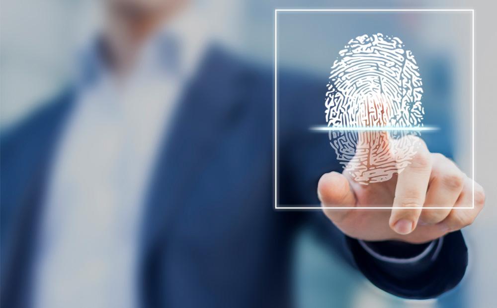 Descubra como a biometria pode ajudar no controle de ponto