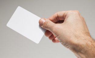 Simples e rápido: como cadastrar cartão de proximidade no relógio de ponto