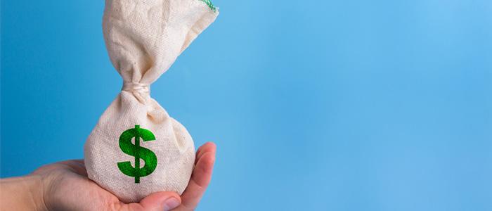 Saco de dinheiro representando pagamento em automação comercial.