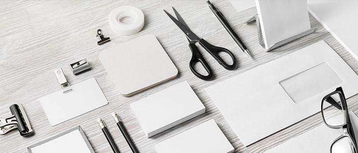 Materiais de papelaria para home office.