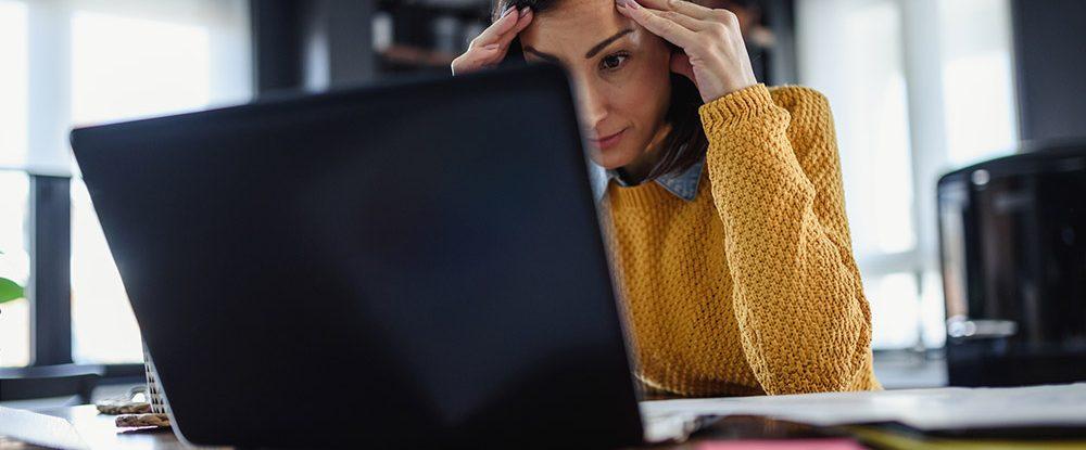 Irregularidades no trabalho remoto dos funcionários: o que fazer?
