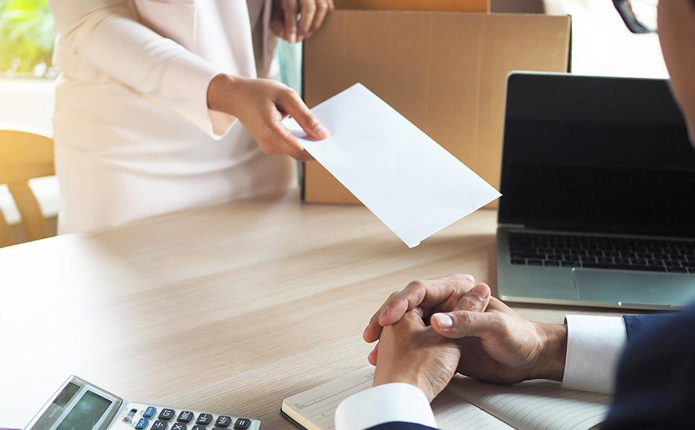 Como funciona o processo de demissão?